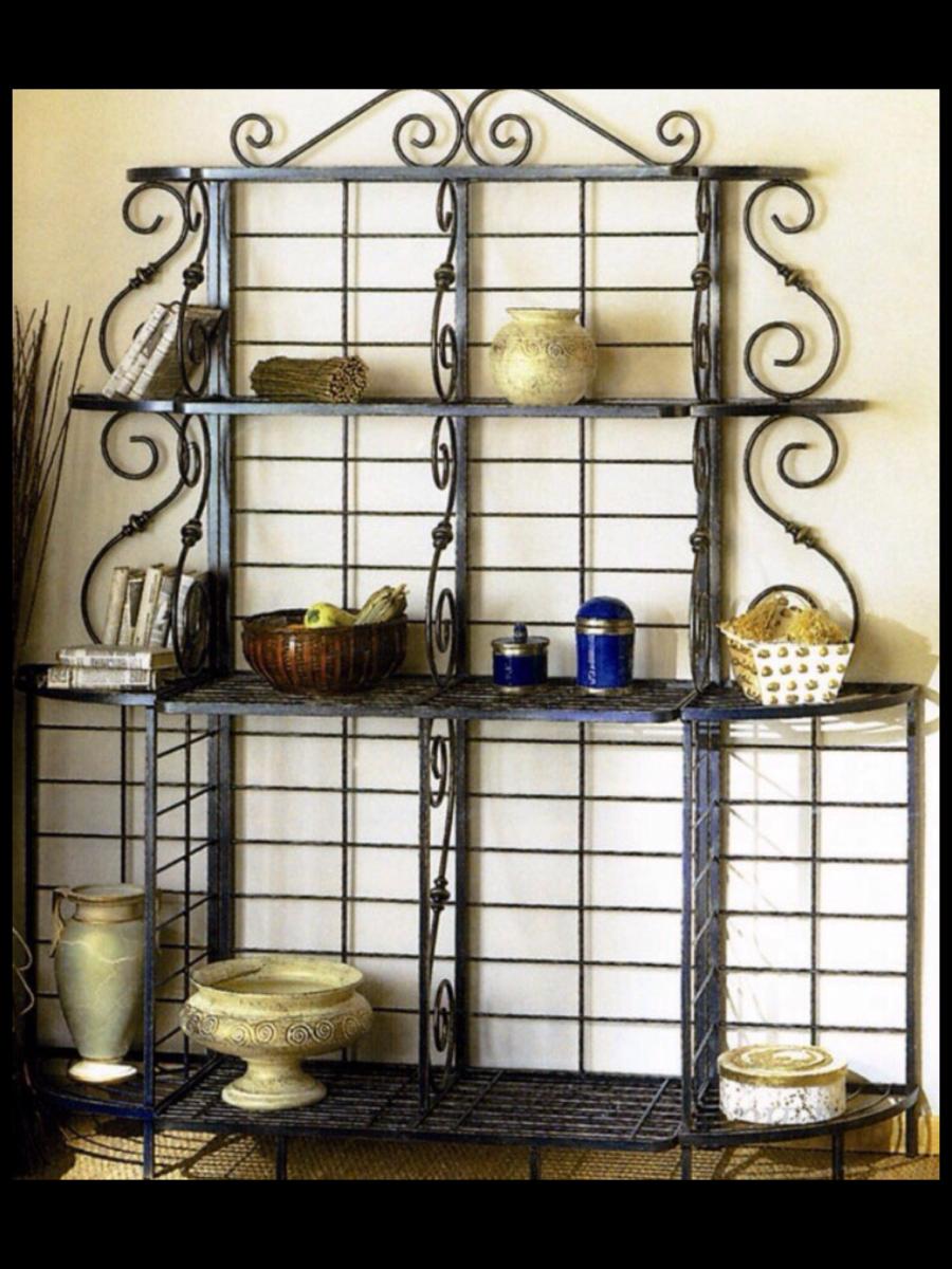 Кованые стеллажи для кухни фото