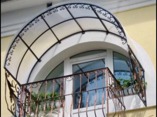 Кованые балконы Б7