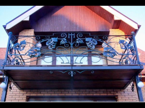 Кованые балконы Б28