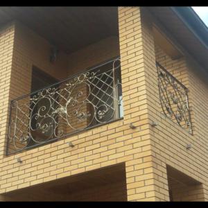 Кованые балконы Б4