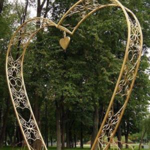 Кованая садовая арка А-13