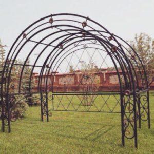 Кованая садовая арка А-2