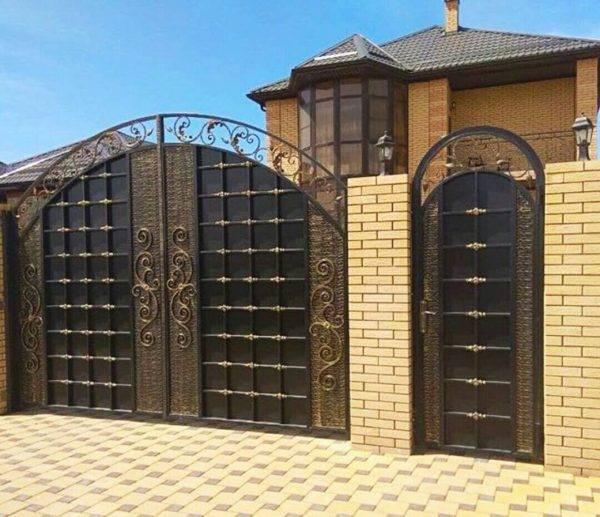 Кованые ворота V-132